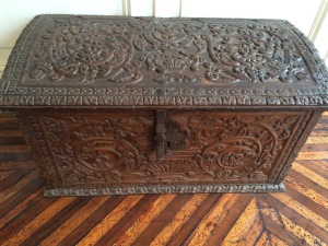 Loved the wooden chest and the floors!